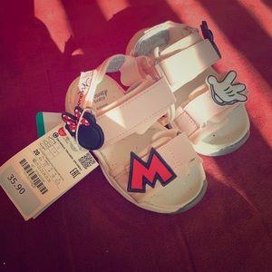 Minnie Mouse Sandals